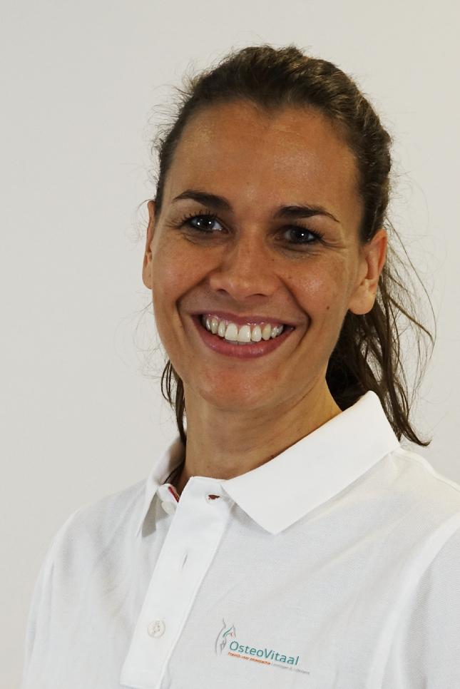Anneloes Zwart Osteopaat OsteoVitaal